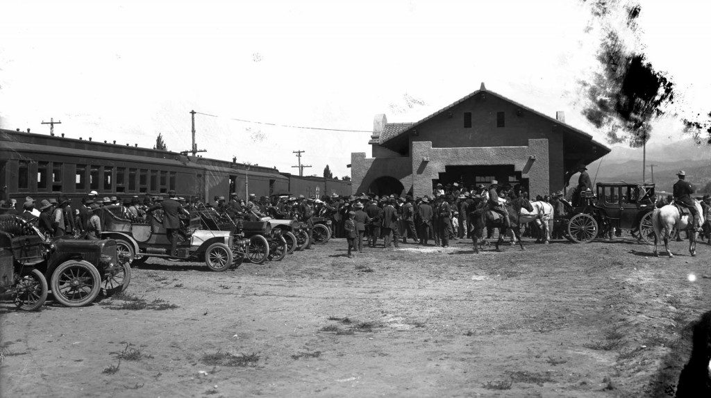 history-train-depot-horses